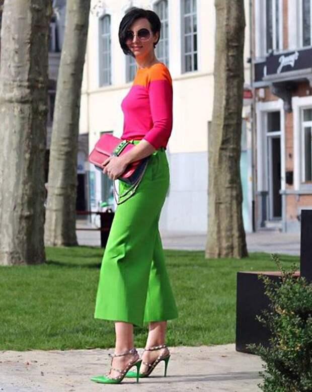 Потрясающая подборка стильных образов в оттенках зеленого цвета