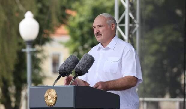 Политолог Суздальцев о подписании Лукашенко декрета о передаче власти: Откроет ящик Пандоры