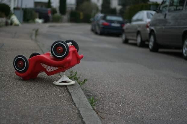 Условная авария на дороге успешно ликвидирована в ЮВАО. Фото: pixabay.com