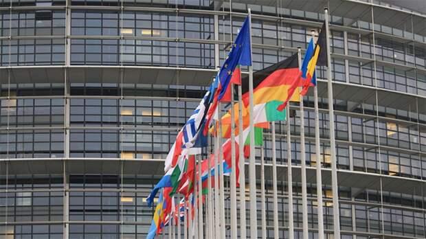 Сенатор Долгов предостерег ЕС от высылки дипломатов РФ в поддержку Чехии