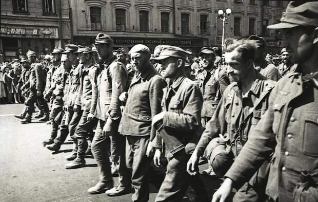 """Какое """"кино"""" показал Сталин Западу в 44-м. Почаще бы его сейчас смотрели"""