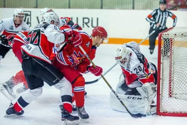 Хоккеисты «Ижстали» уступили «Металлургу» из Новокузнецка