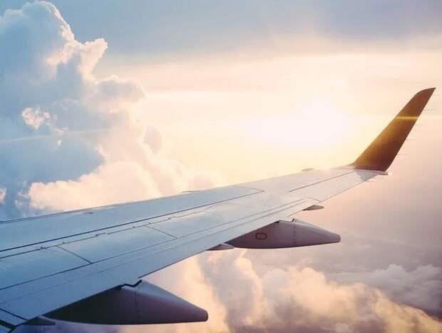 Самолёт экстренно сел в Екатеринбурге из-за задымления в кабине пилотов