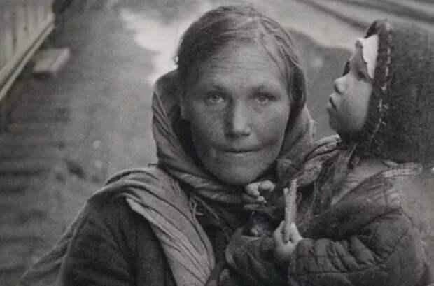 Как родители спасали своих детей от голода и бомбежек в блокадном Ленинграде