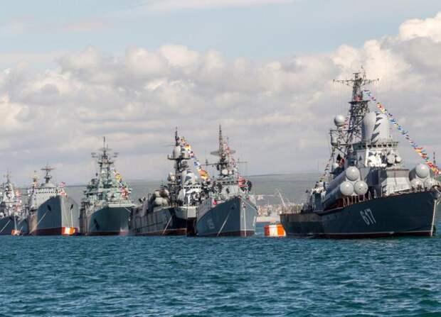 Устанут приседать: В РФ оценили способность США потопить Черноморский флот «за один присест»