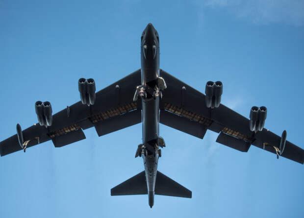 Бомбардировщики B-52 пройдут ремоторизацию и прослужат до 2050 года