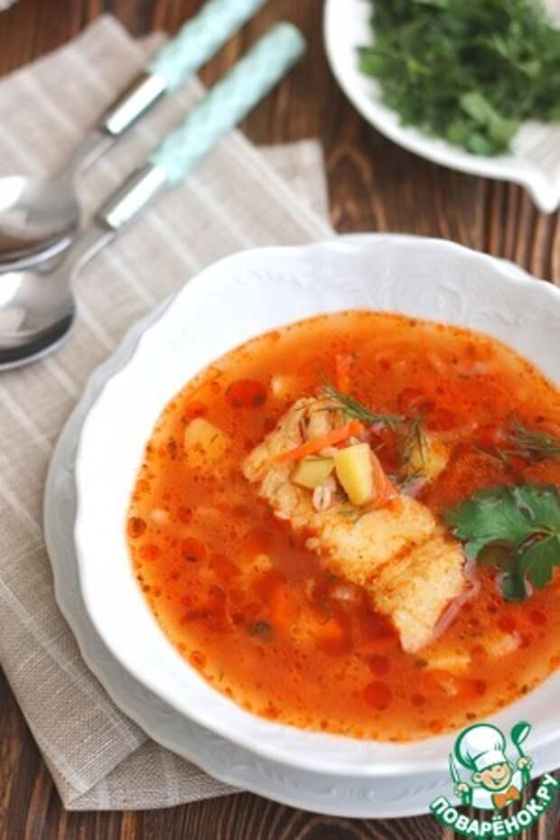 Томатный суп с треской и перловкой