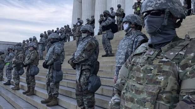 Американцы считают происходящее «переворотом». Будет ли военное положение