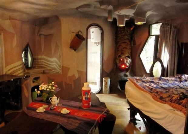 Комната в Лунной вилле Hang Nga, Вьетнам. Фото