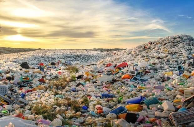 Ученые нашли способ переработки пакетов в клей