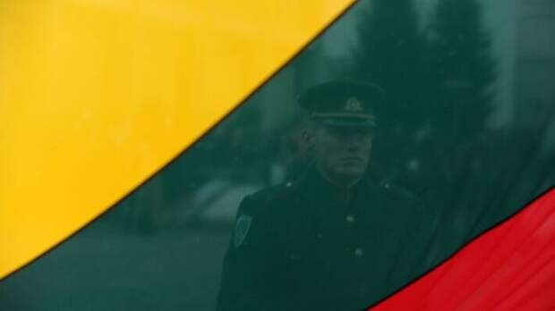 «Троянский поезд» Китая: Литва выступает против спасения своей экономики