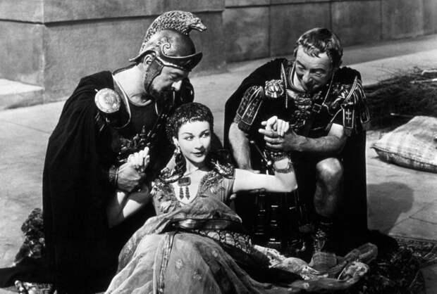 Вивьен Ли и еще 6 ярких образов Клеопатры на экране