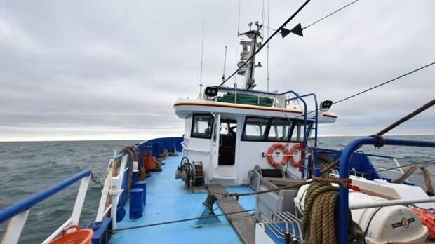 Франция захватила в своих территориальных водах британское рыболовецкое судно