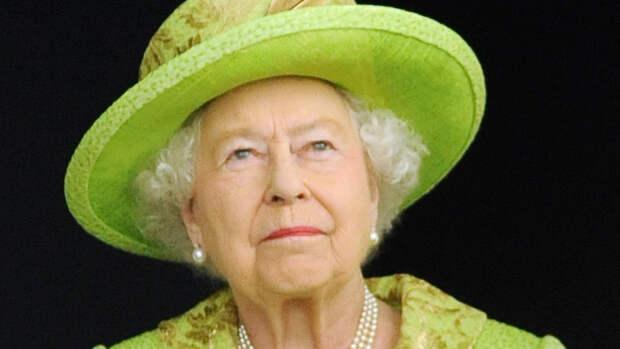 Елизавета II отметит день рождения без традиционного салюта