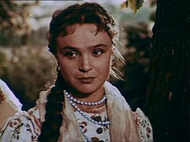Гарны украинские дивчины в советском кино.
