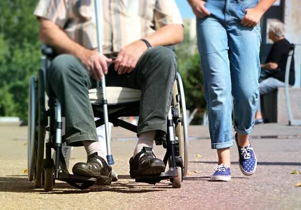 Инвалидное кресло/Фото: pixabay.com