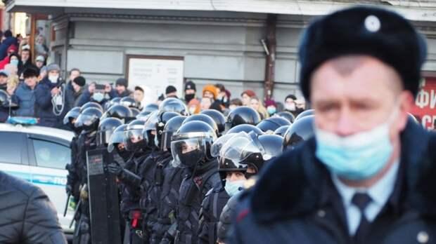 Адвокат Юкша указал на связь несанкционированных митингов с Западом