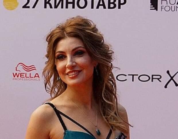 """""""Какие раны?"""": Анастасия Макеева не поняла, чем обидела бывшую супругу своего нового избранника"""