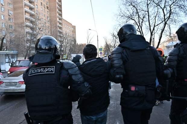 В России нет никаких репрессий: Песков высказался о протестах