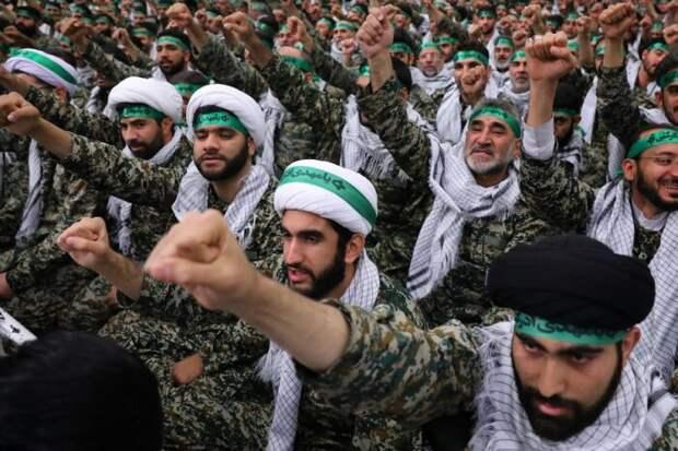 Геворкян: Иран готовится к агрессии на своей границе