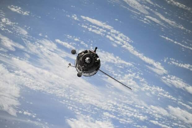 Кадеты «Перспективы»  опробовали лазерный спутниковый дальномер