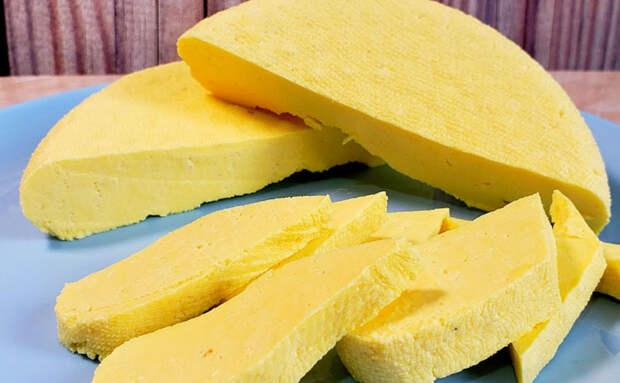 Домашний сыр за 30 минут из магазинного молока и стакана сметаны