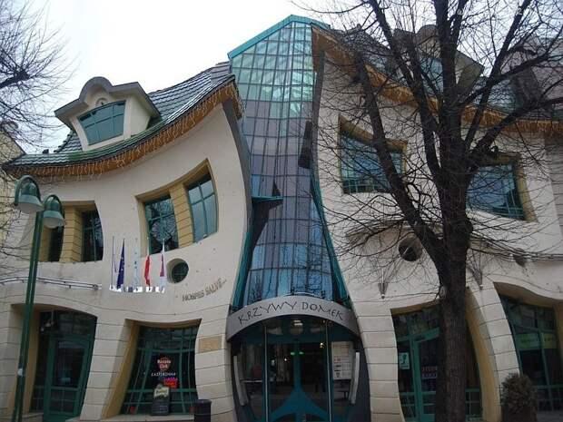 Кривой Дом, Сопот, Польша