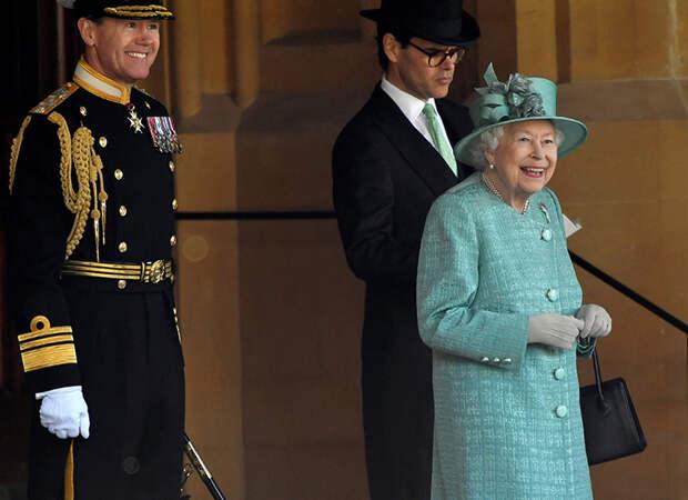 Елизавете II – 95 лет: самые невероятные слухи о королеве