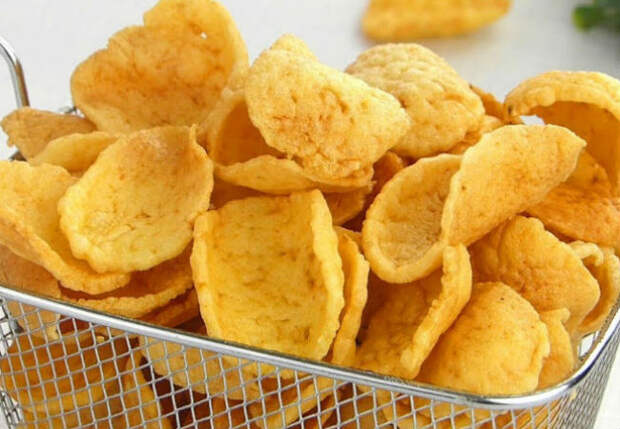 Чипсы из пюре: сварили картошку и обжарили в масле