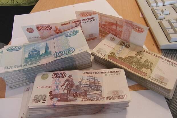 Севастопольская фирма полгода не выплачивала сотрудникам зарплату