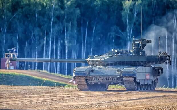 Вьетнамские эксперты поразились живучести и проходимости российских танков Т-90 в Сирии