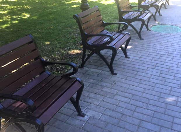 В России появились скамейки для интровертов