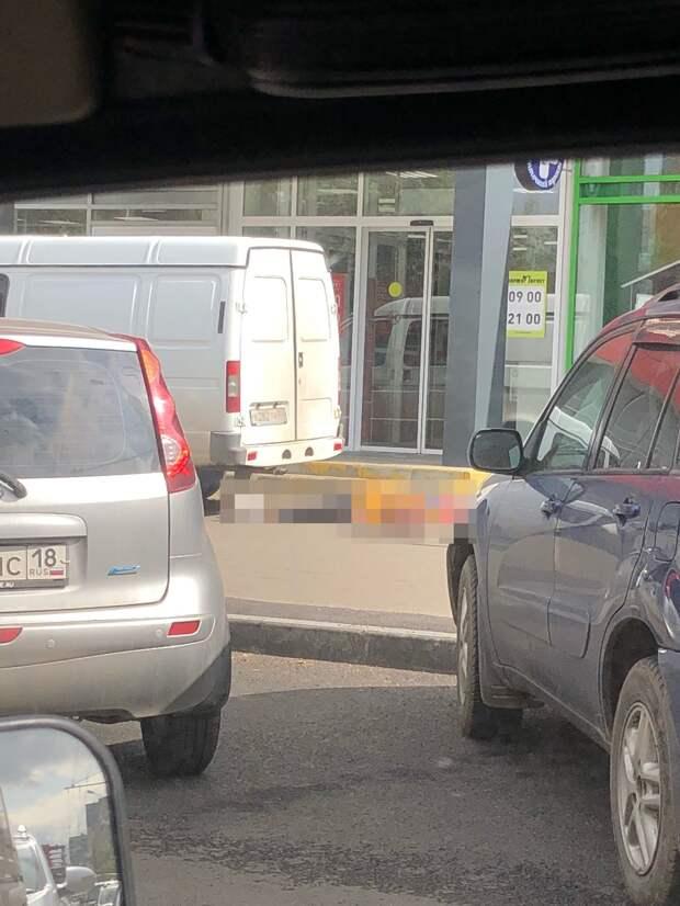 В Ижевске водитель «Газели» на тротуаре насмерть сбил пенсионерку