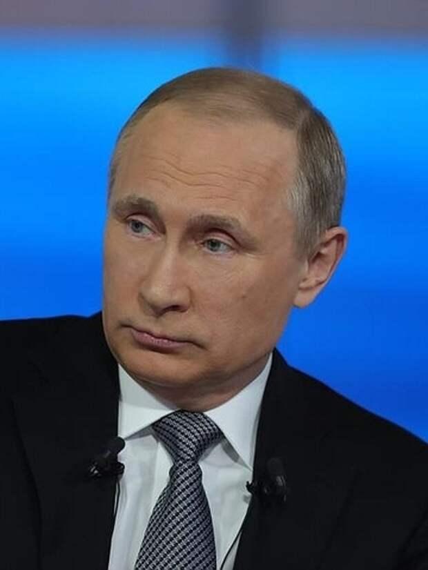 Михалков: Я не могу сказать, что виноват Путин. Потому что существуют обстоятельства, которые заставляют его делать так