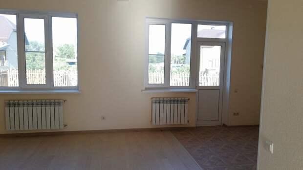 Муж хочет переехать в Анапу. Посмотрели дом для покупки. Показываю, как выглядит внутри и снаружи и сколько стоит