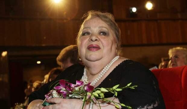 Поклонники шокированы наплевательским отношением к могиле Крачковской