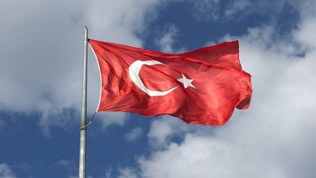 Главы МИД и Минтуризма Турции готовы посетить Москву для переговоров