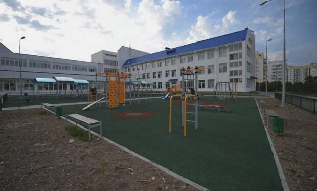 В севастопольских школах завершился учебный год