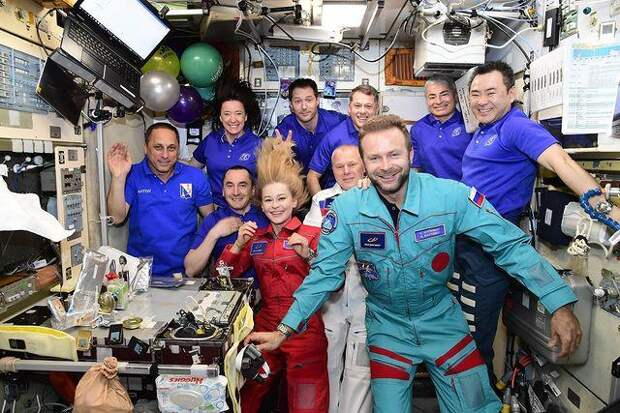 Стало известно, для чего на самом деле Юлия Пересильд и Клим Шипенко летали на МКС