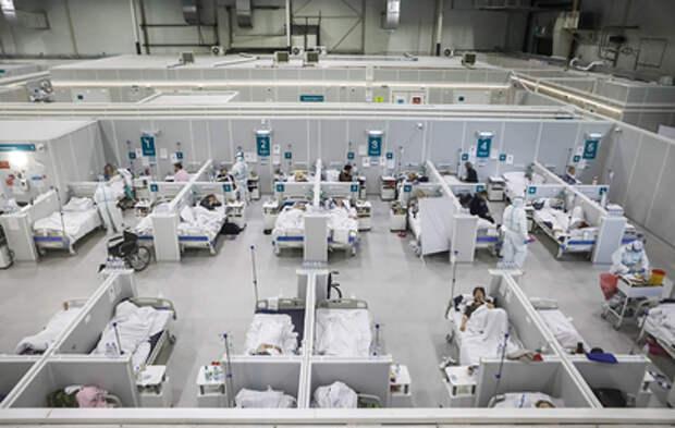 Мобилизация резервов и новые ограничения: ситуация с коронавирусом остается сложной