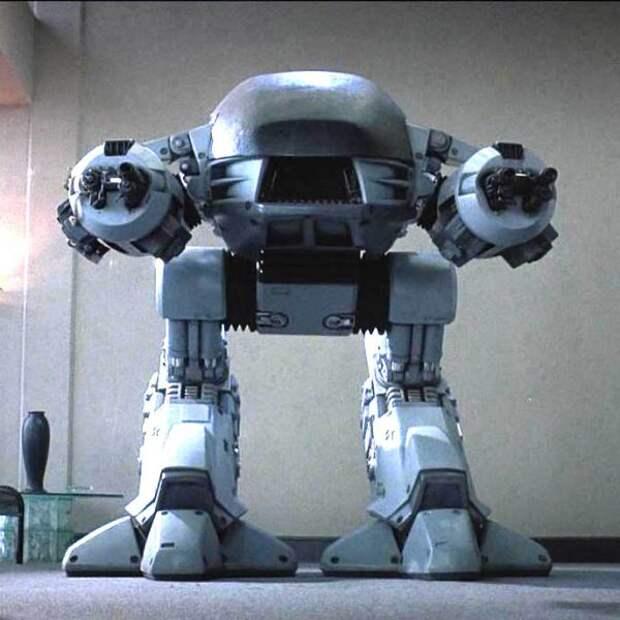 Медведев предложил нам поменяться на роботов