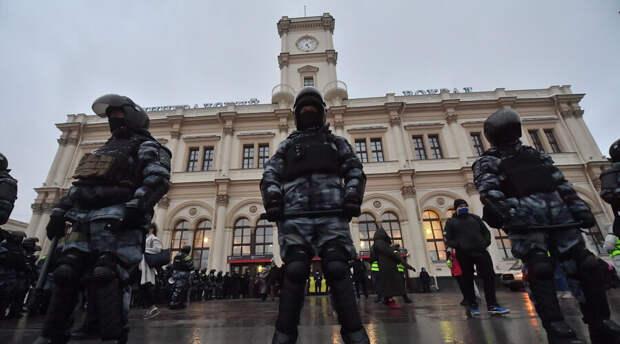 Усиление начнется с четырех часов дня: полиция выведет «эшников» в связи с акциями протеста