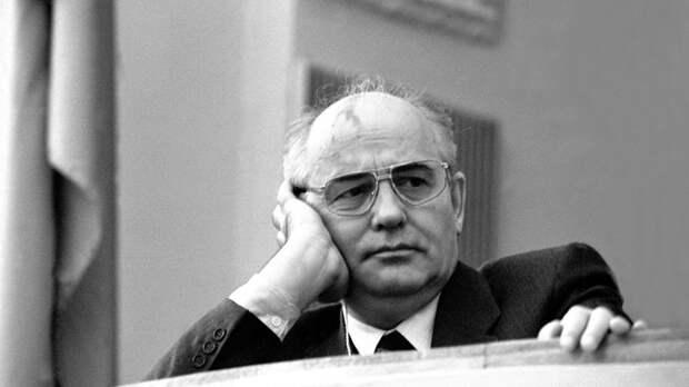 Все вранье... Горбачев ждал, кто победит: последний Маршал СССР об измене экс-президента