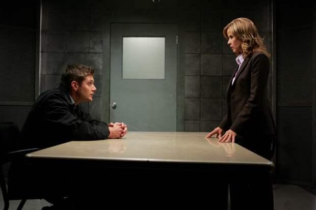 5 способов ЦРУ расколоть человека на допросе