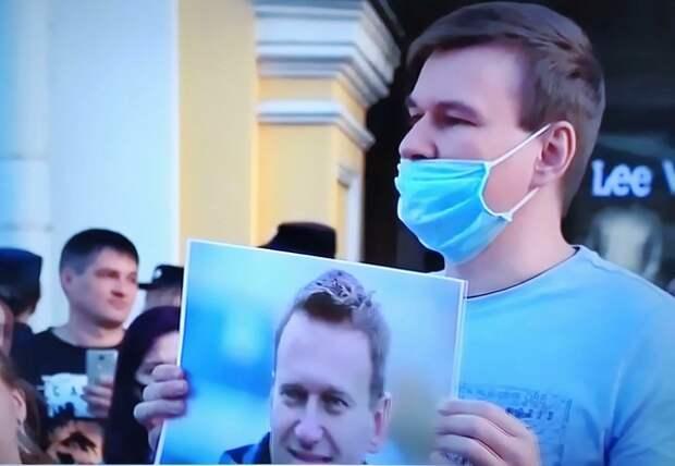 У Навального появилась надежда: его разрешили вывезти в Берлин