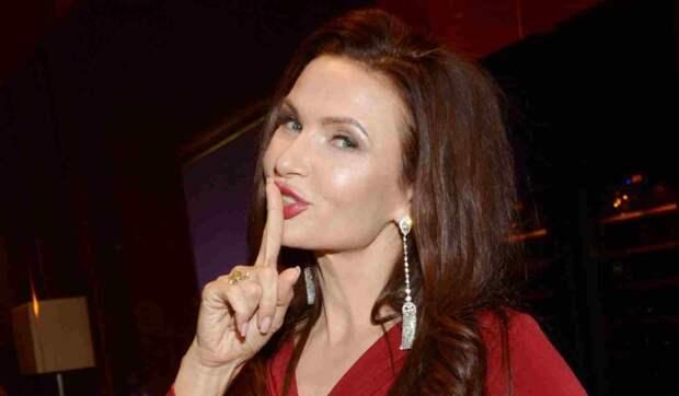 Эвелина Бледанс пожаловалась на нехватку секса