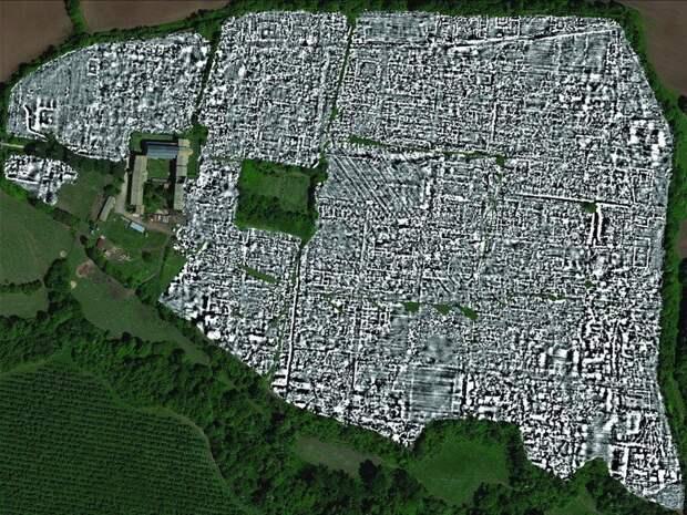 Археологи составили карту античного города без раскопок