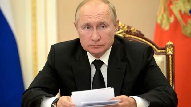 Президент России не исключил, что уйдет на карантин из-за случаев COVID-19 в окружении