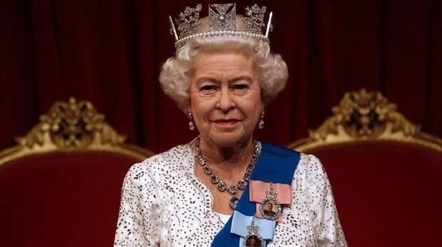 Елизавета II привьётся российской вакциной от коронавируса