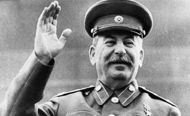 Как донские казаки «на кругу» приняли Сталина в казаки